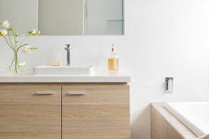 modern-bathroom-RN6ZXQH
